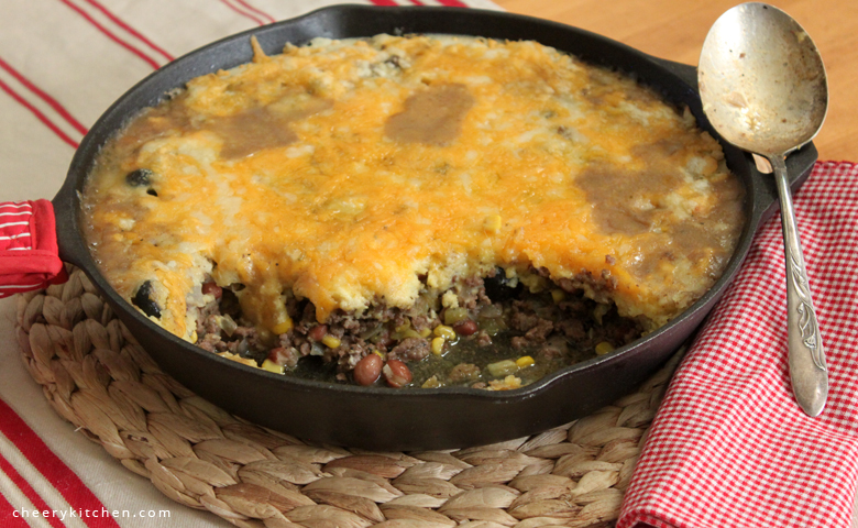 Beef-Green-Chile-Cornbread-Skillet - Cheery Kitchen