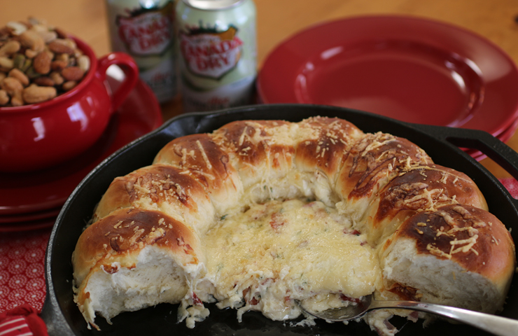 Skillet-Bacon-Swiss-Dip-with-Bread-7