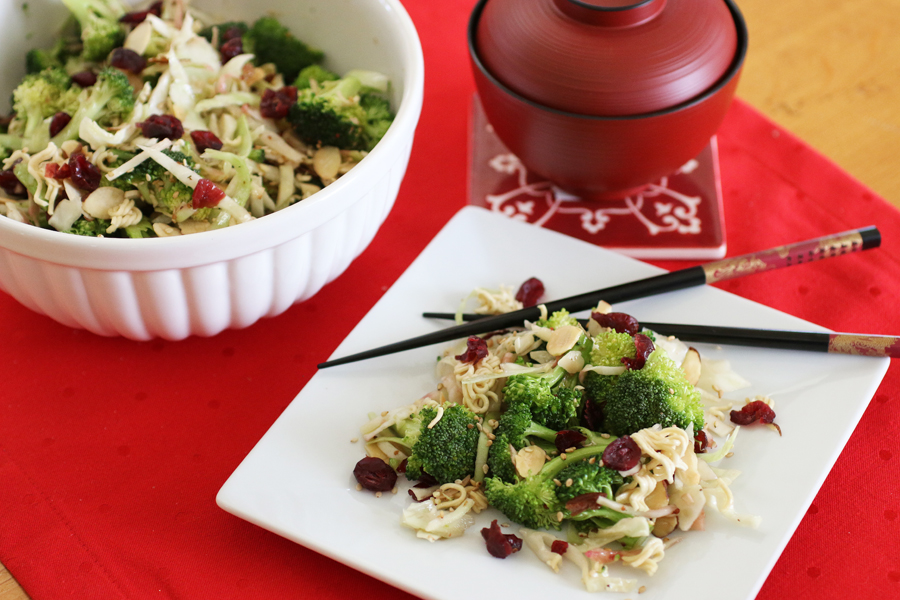 Broccoli Cabbage Cranberry Salad | cheerykitchen.com