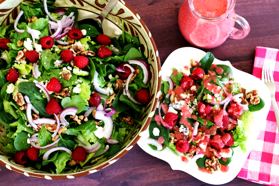 Raspberry Walnut Spinach Salad | cheerykitchen.com