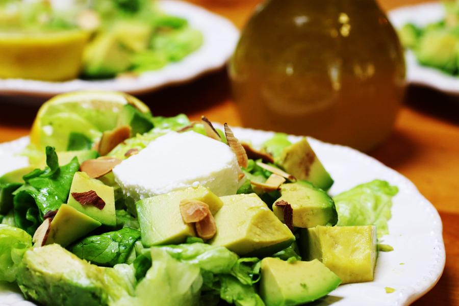 Avocado Butter Lettuce Salad with Lemon Vinaigrette