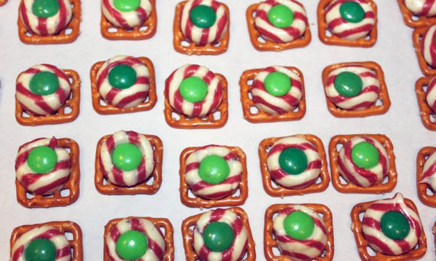 Leprechaun Buttons-Pretzel Candy Treats